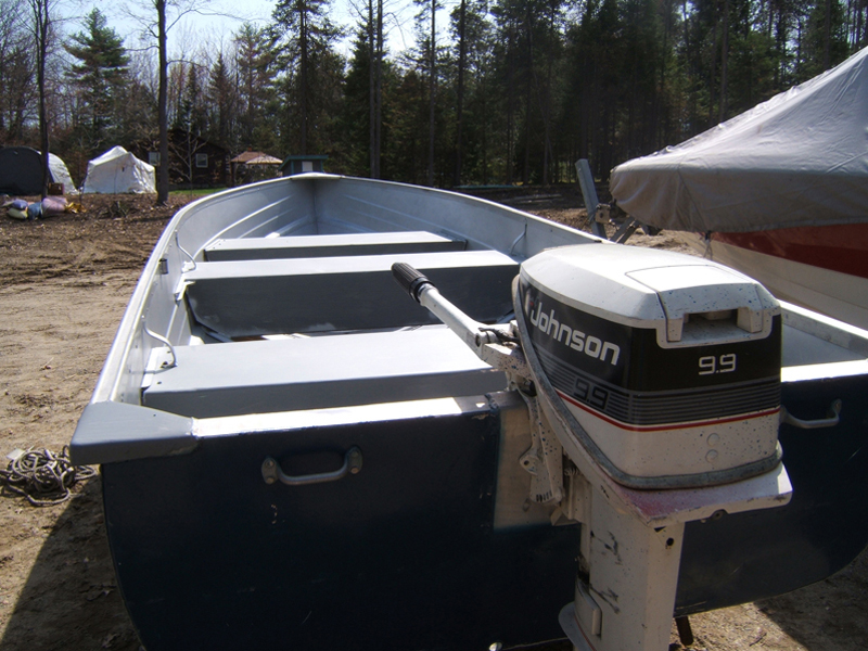 14 39 aluminum fishing boat beacon boat rentals wayne maine for Fishing boat rentals near me